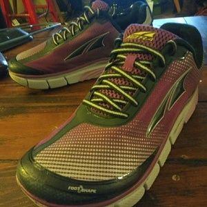 Shoes - Altra Torin 2.5 Foot Shape Inner Flex Zero Drop